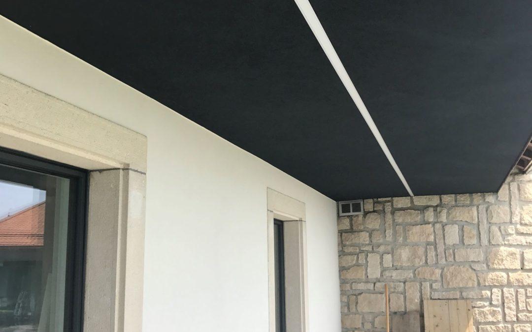 Villa – éclairage sous avant-toit